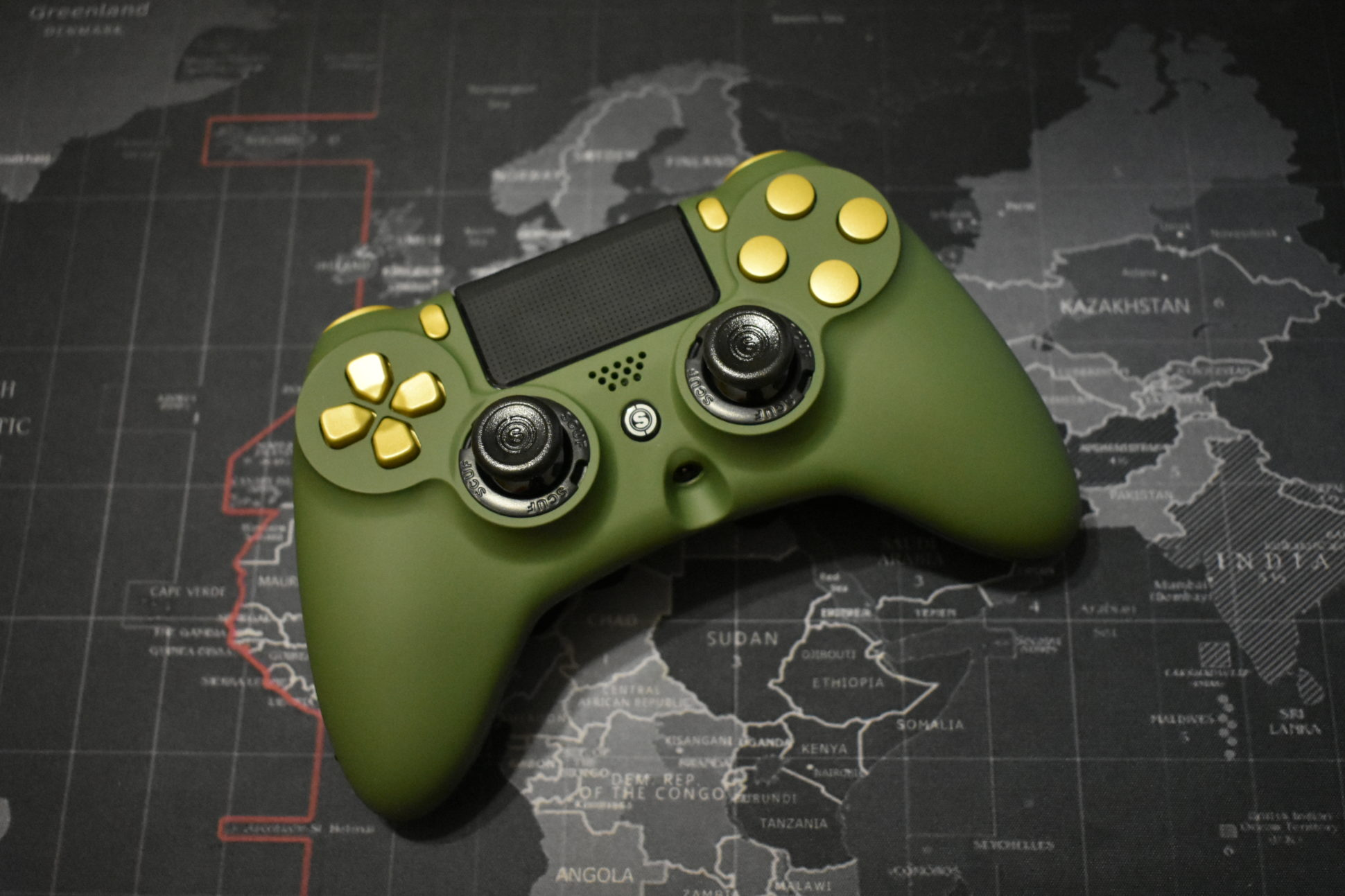 Elite-Gaming-BOTG-Army-Green-and-Anodized-Gold-Trim-front